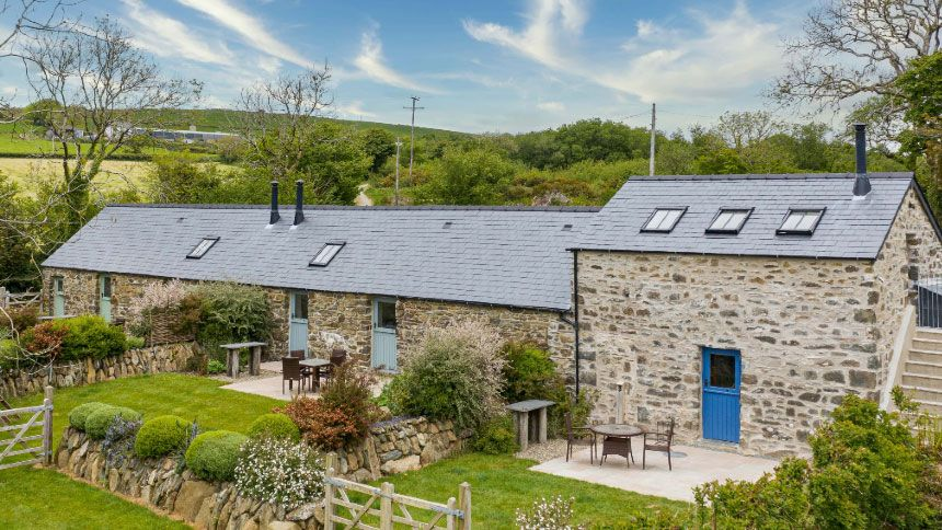 Wales Holiday Cottages. £39 off for NHS