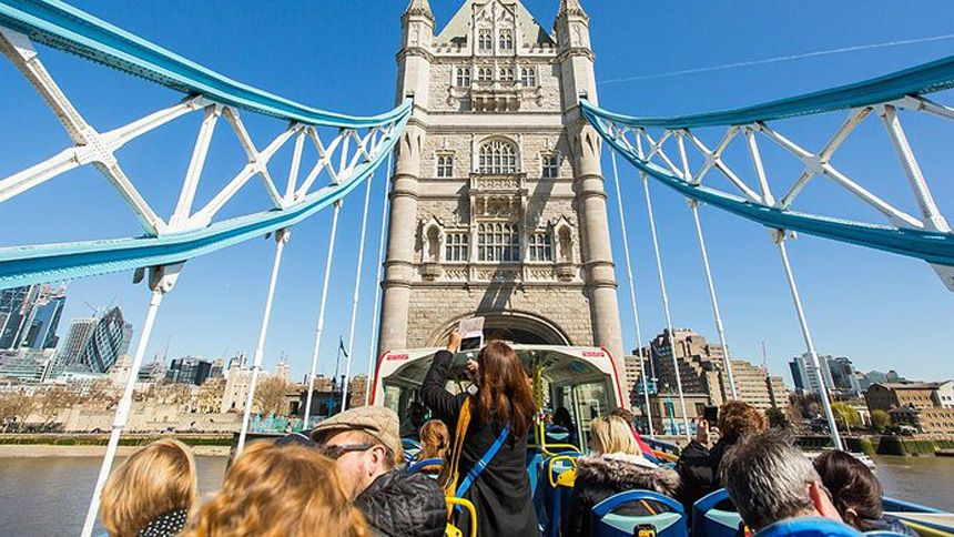 London Sightseeing Bus Tours. 10% NHS discount
