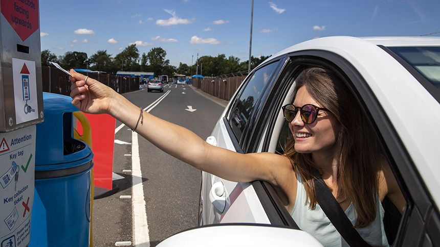Holiday Extras. Up to 70% off airport parking