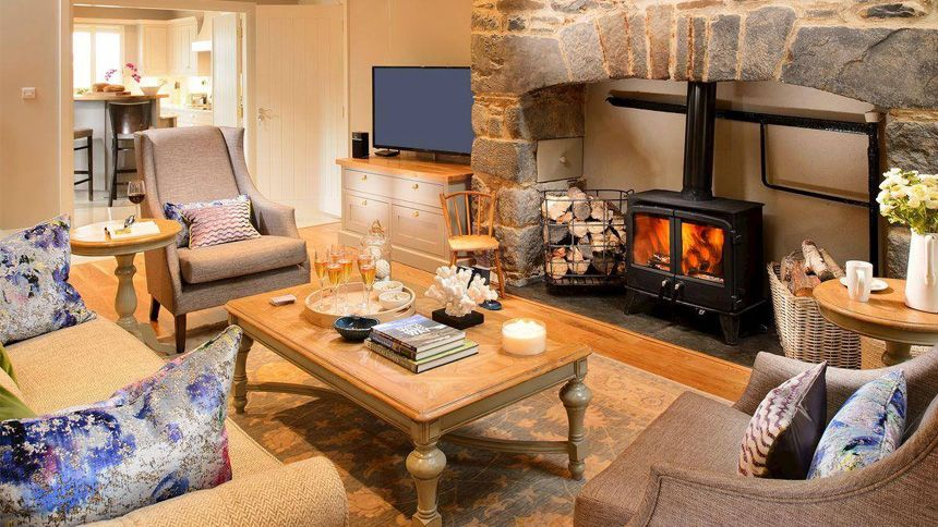 Last Minute Cottage Breaks. From £199 + extra 7% NHS discount